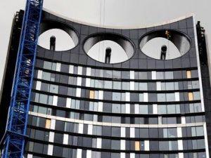 The-Strata-building-