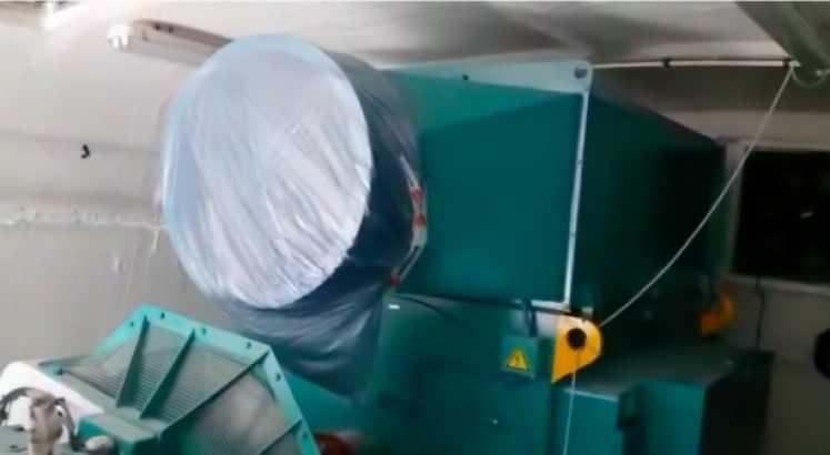 Suzlon S88 - 2.1MW Nacelle inside at storage